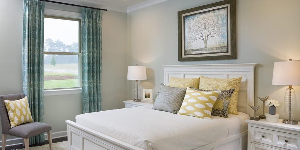 cadence_tega_cay_Presley_Guest_ Bedroom_RHP_HR_1024x512.jpg