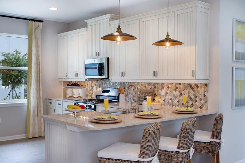 lrg_azalea2102_kitchen.jpg