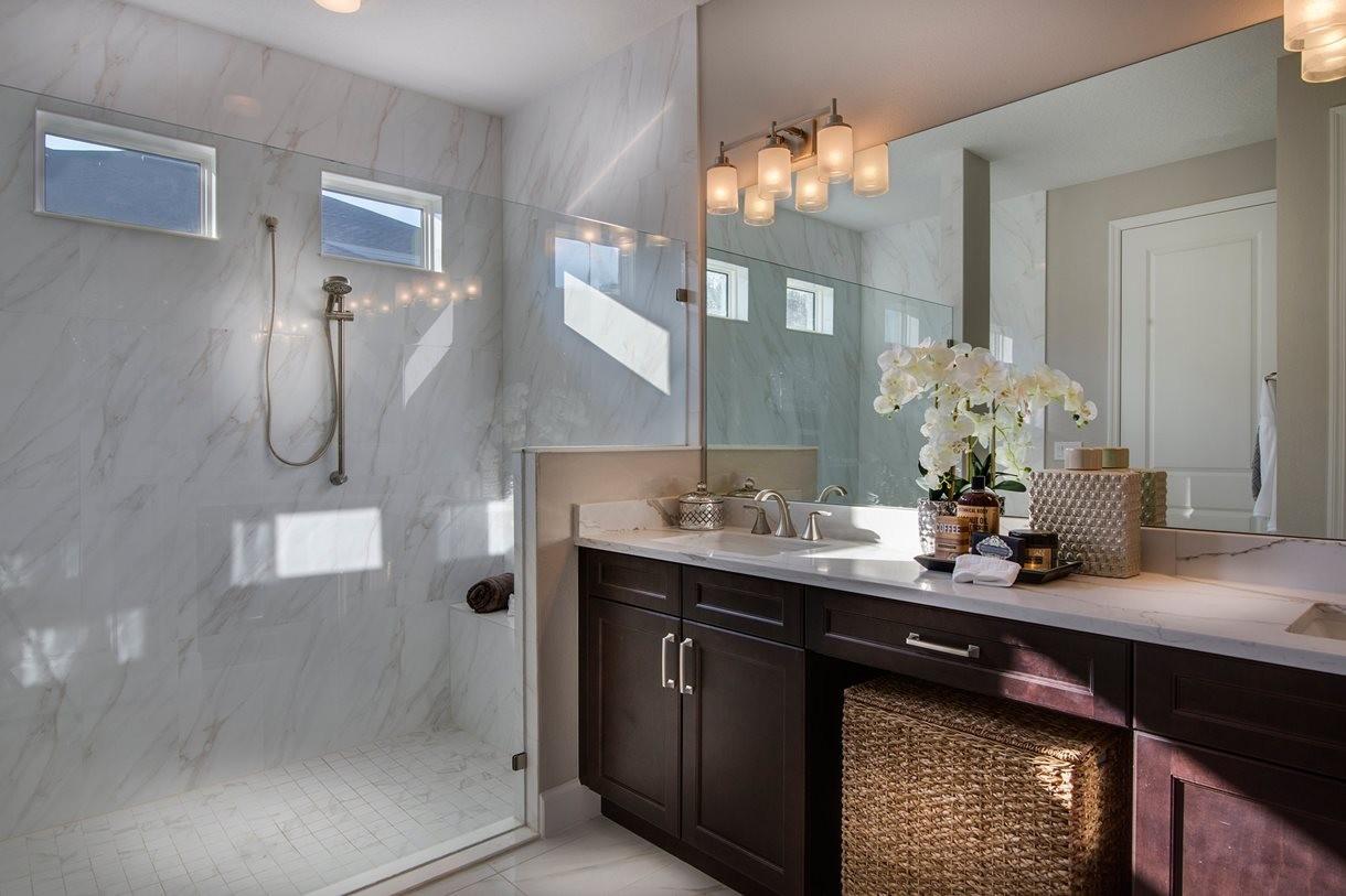 lrg_beech2114_bathroom1.jpg