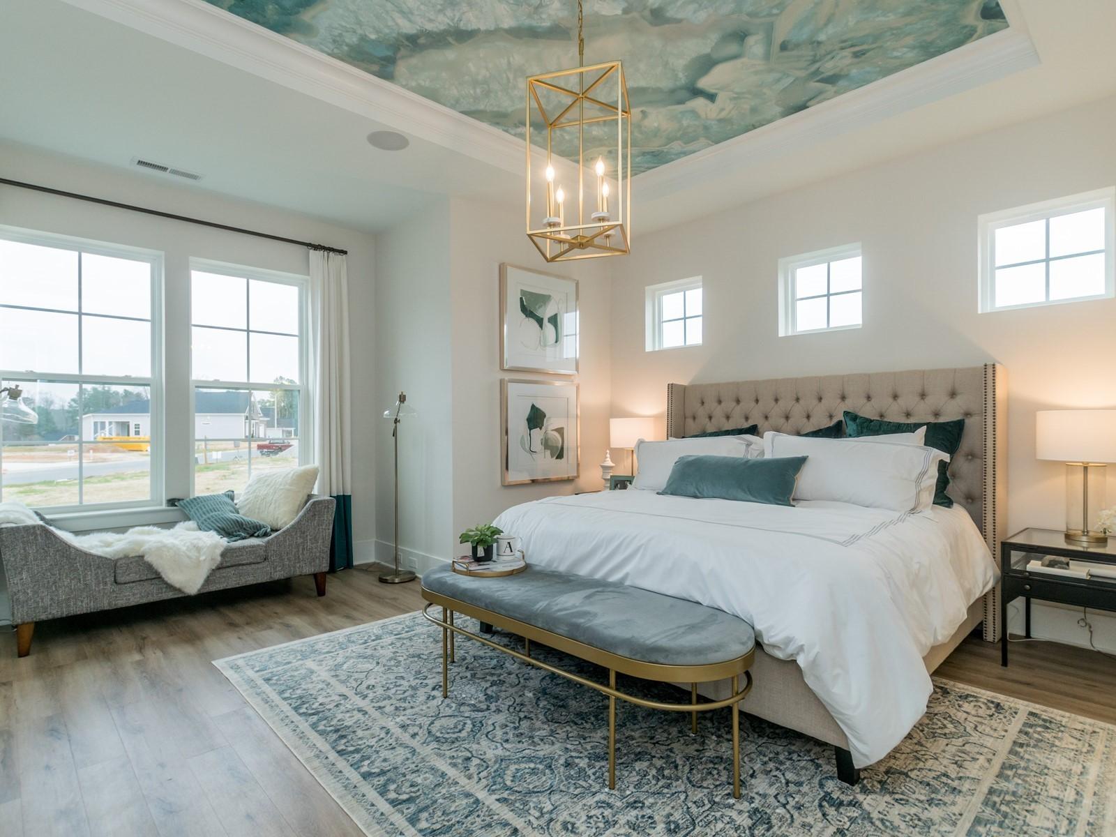 img_012_Master-Bedroom.jpg