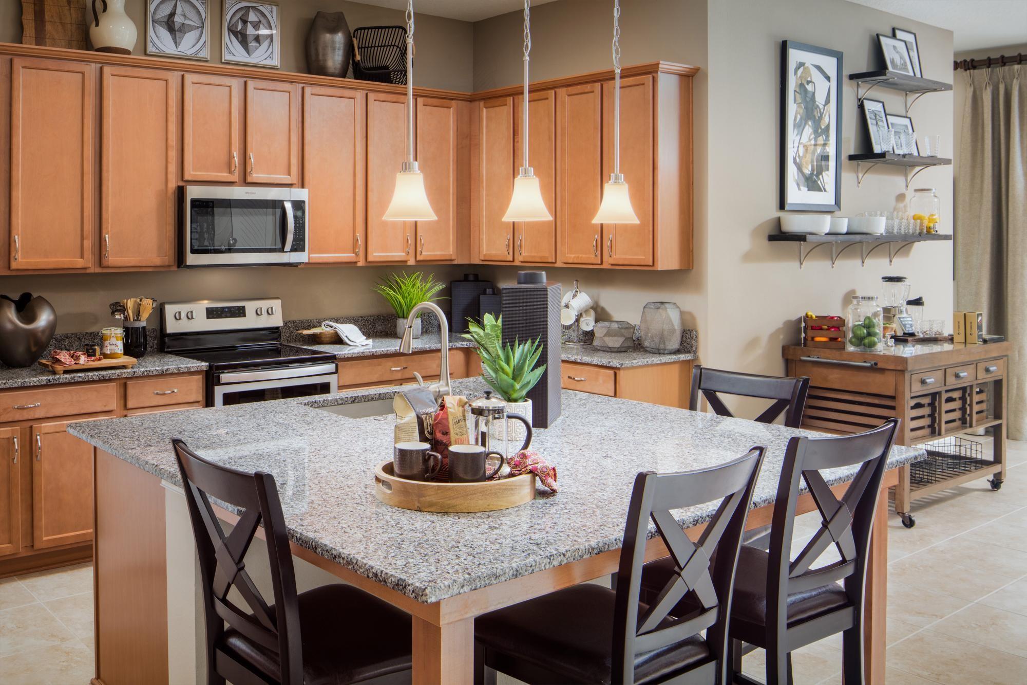818901142571121_oakmont-kitchen.jpg