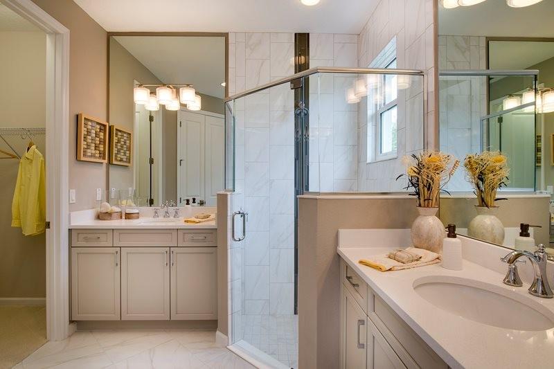 lrg_azalea2106_bathroom.jpg