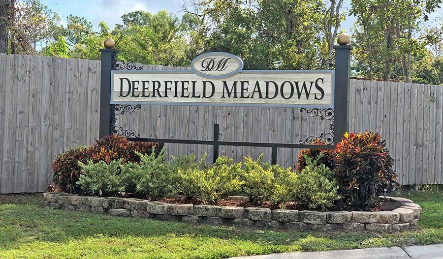 SeasonsAtDeerfieldMeadows-JAX-Monument