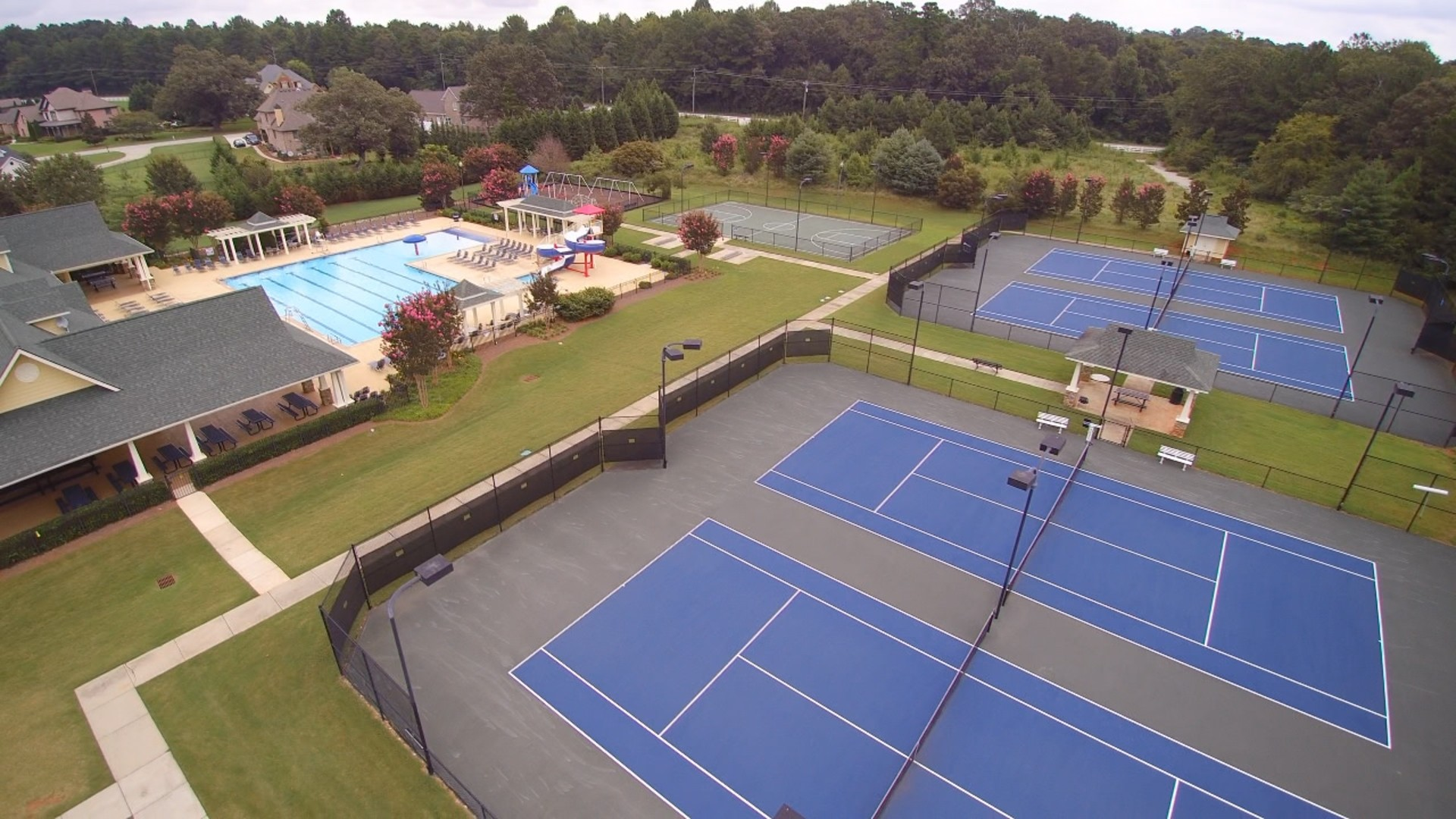 Drone_Tennis_TraditionsO00120171106081847