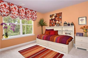 Web_Upper-Level-Bedroom_5.JPG