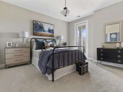 thumb_458717588335275_hammond-bedroom.jpg