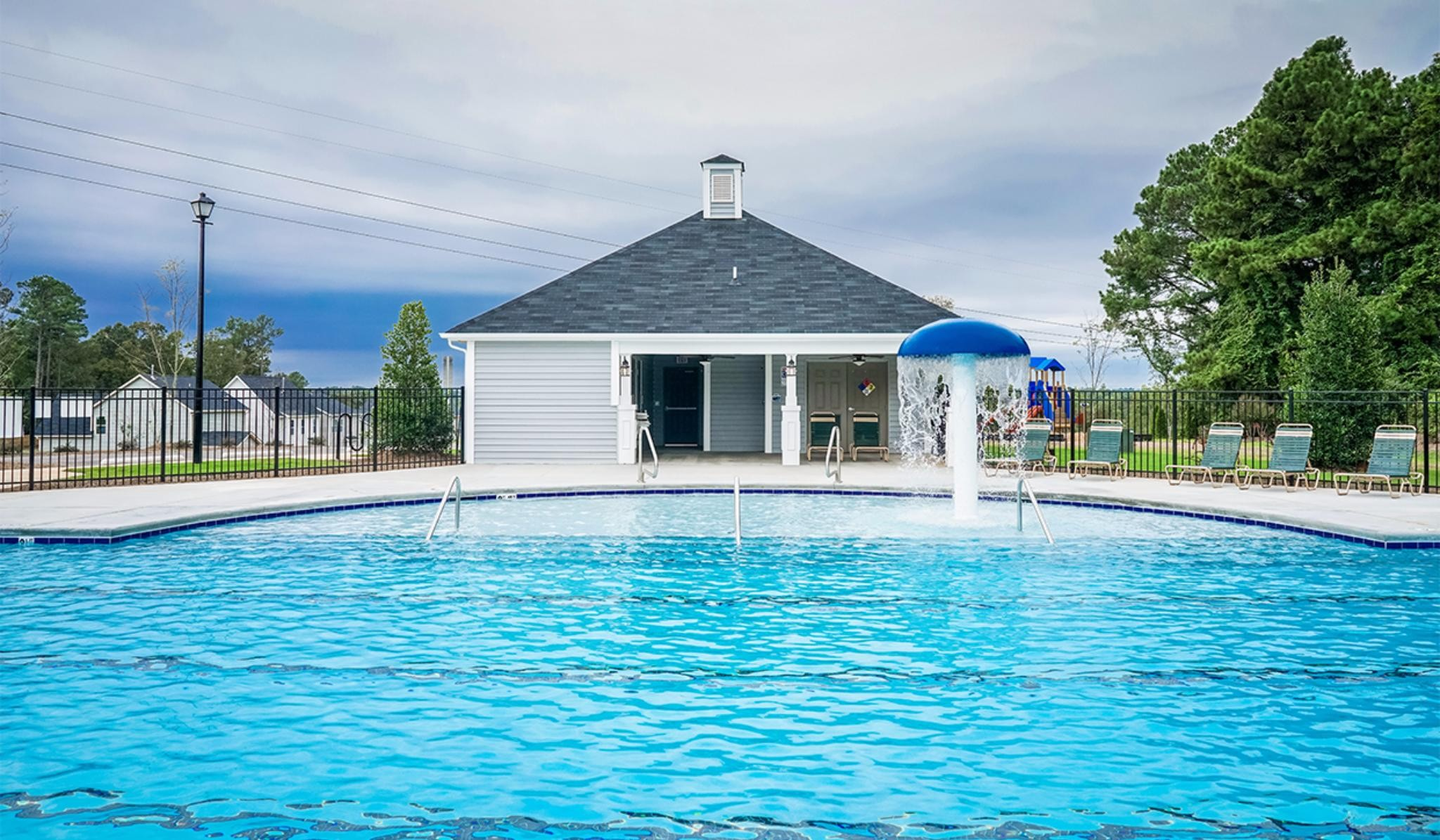 Bristol at Cobblestone Swimming Pool and Clubhouse