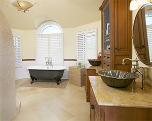 Walters Homes Custom_Avalon_Bath.jpg