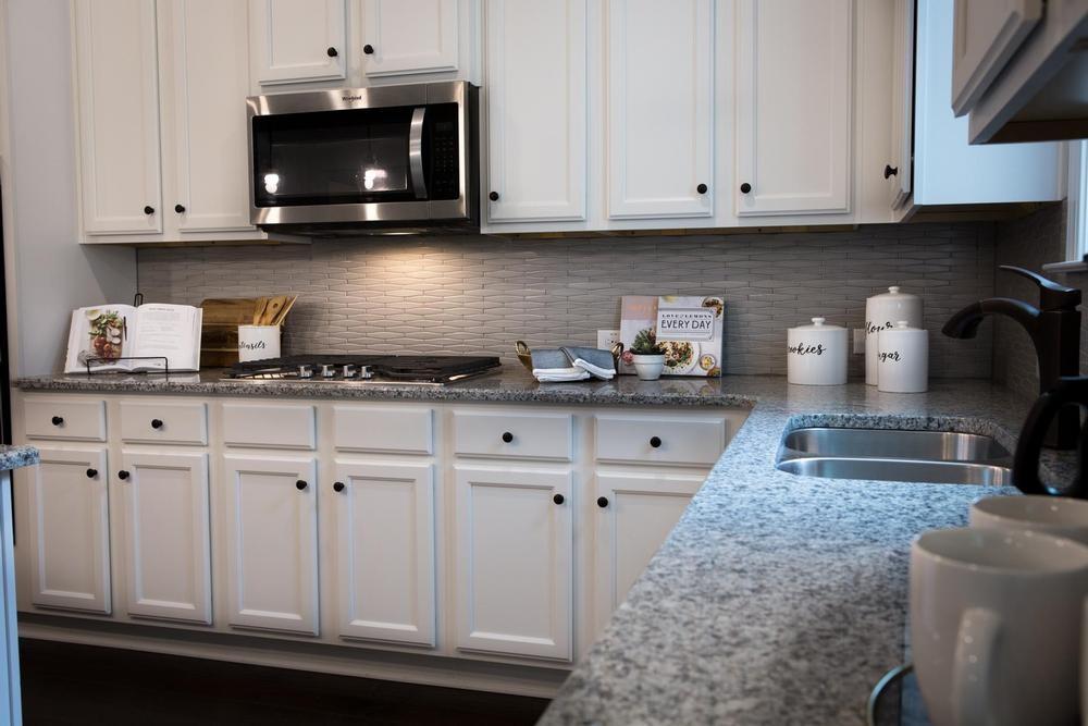 Kitchen4_1000.jpg