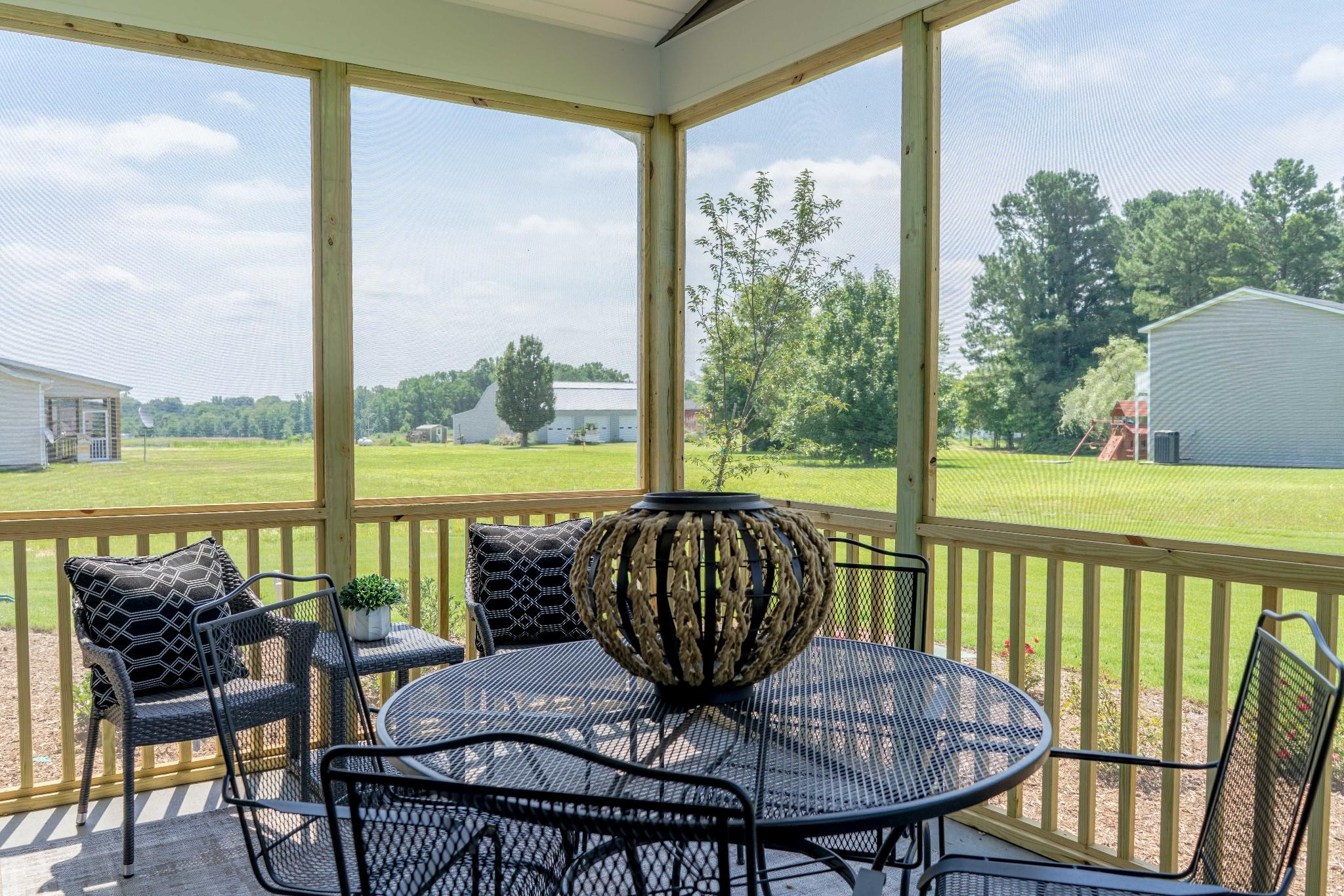 Royal Oaks a Division of Mattamy Homes, Southern Acres, The Juniper, Private Screened Porch