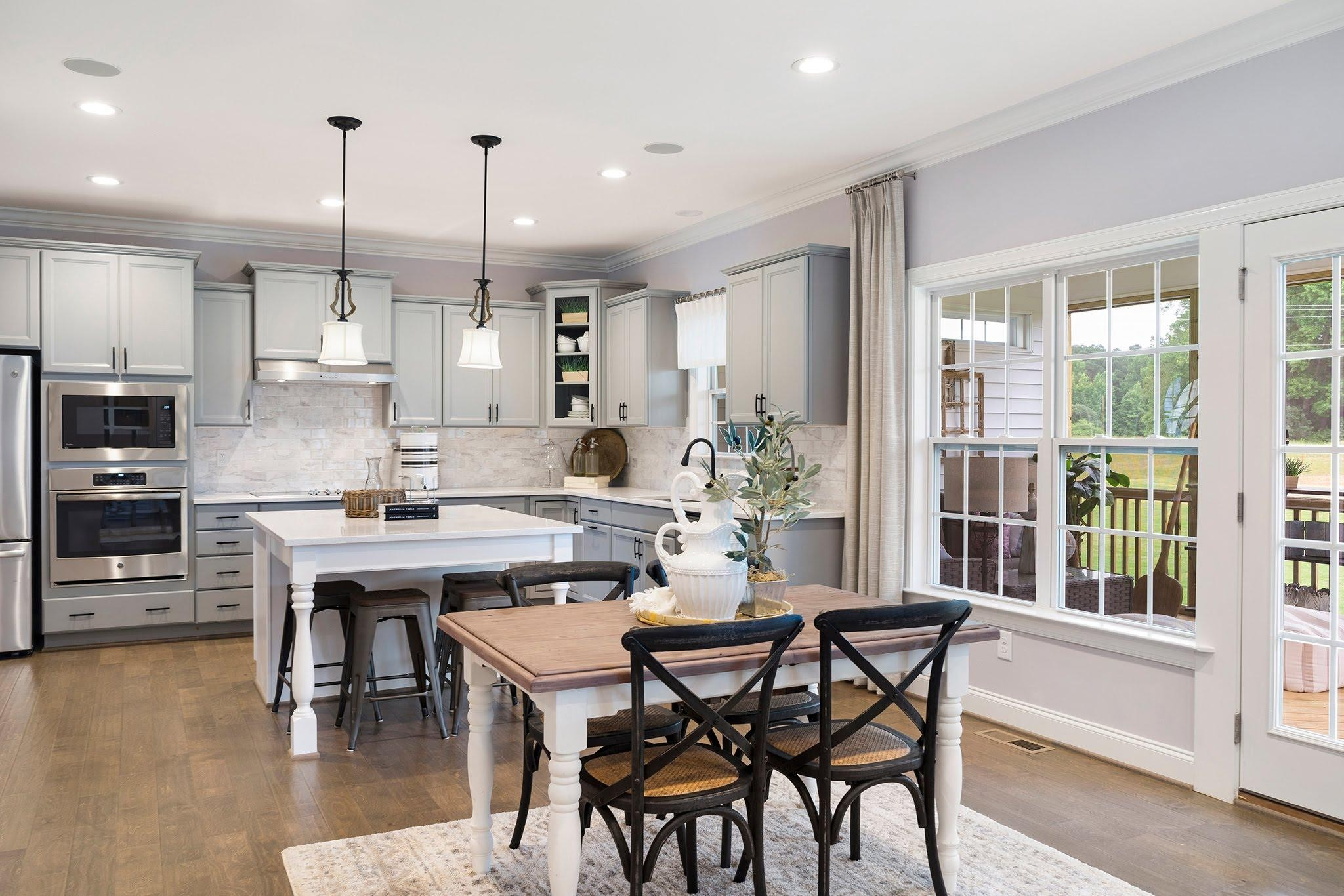 Royal Oaks a Division of Mattamy Homes, Oak Park, The Edenton, Open Kitchen
