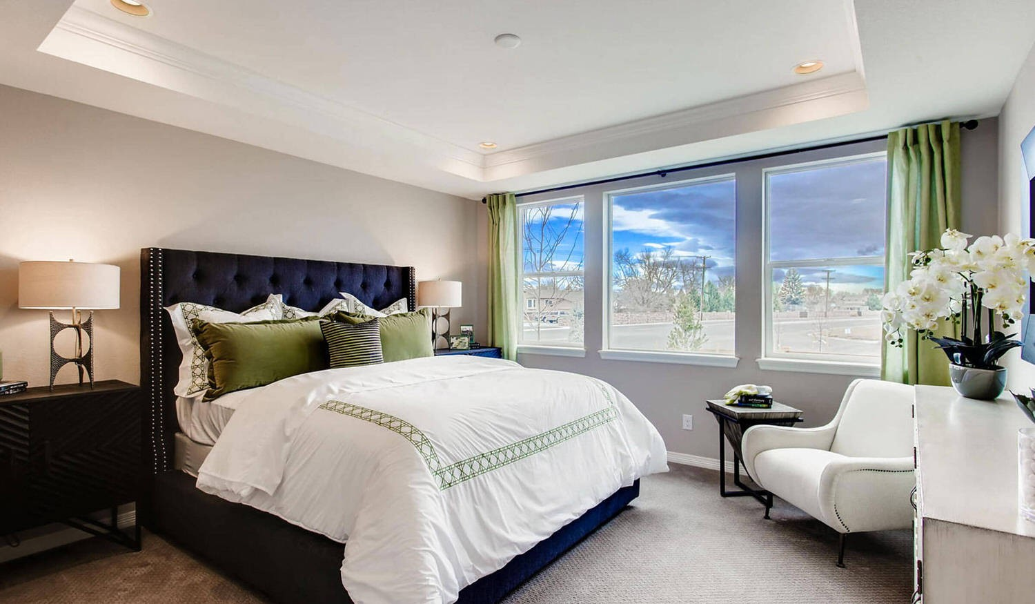 3943_forest_lake_court_large_014_9_master_bed...