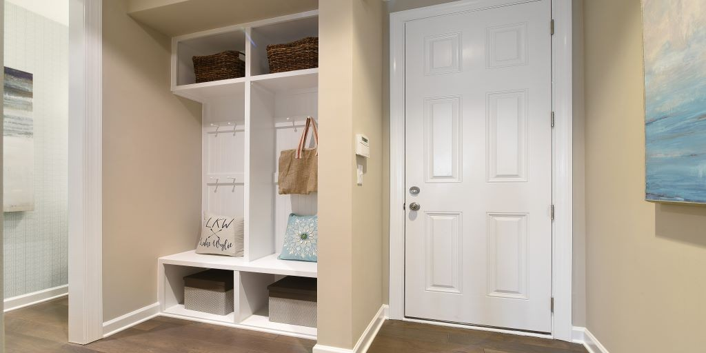 clt_lake_crest_kendrick_model_mudroom_1024x512.jpg