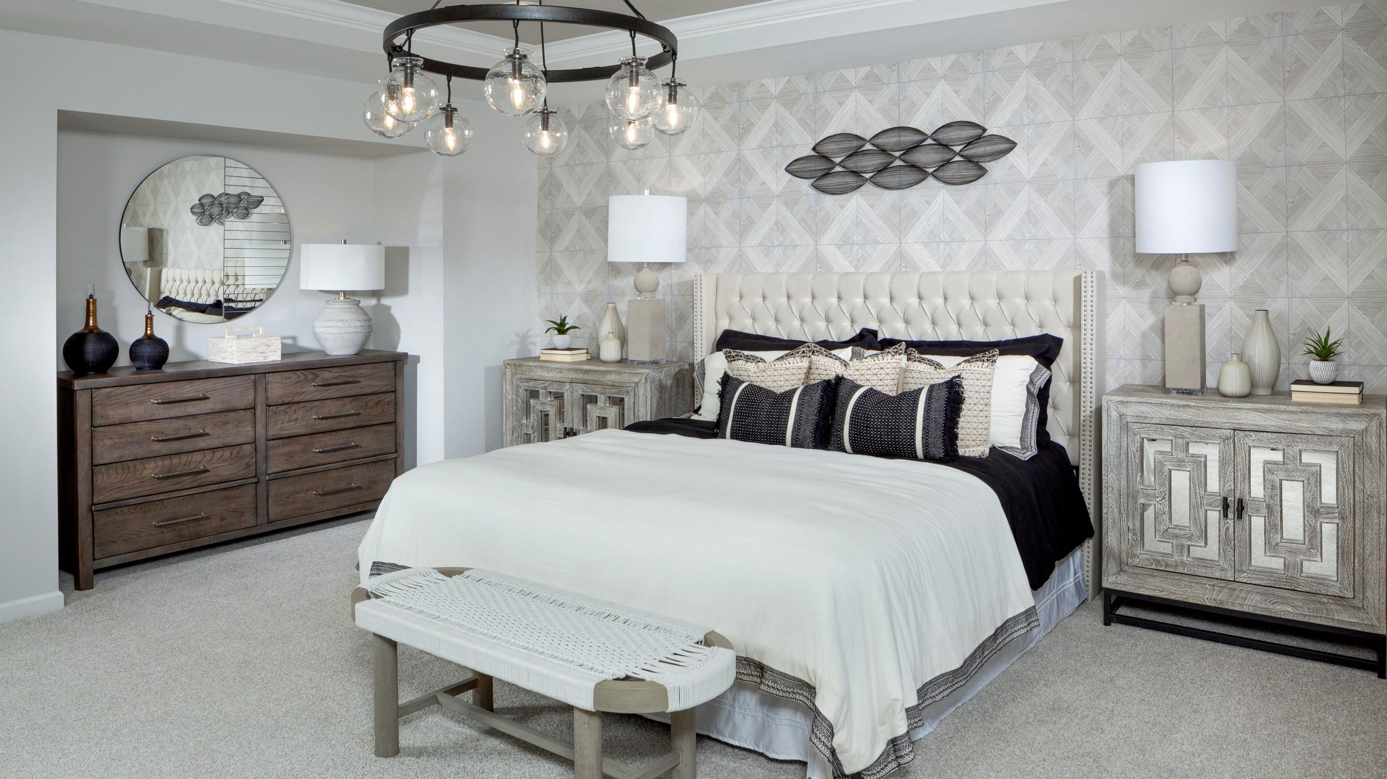 Braeburn_Parker_Model_Owners_Bedroom_RHP_1024x512.jpg