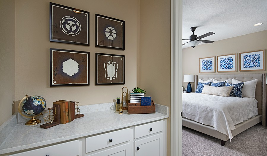 Traceland-JAX-Sapphire Master Bedroom