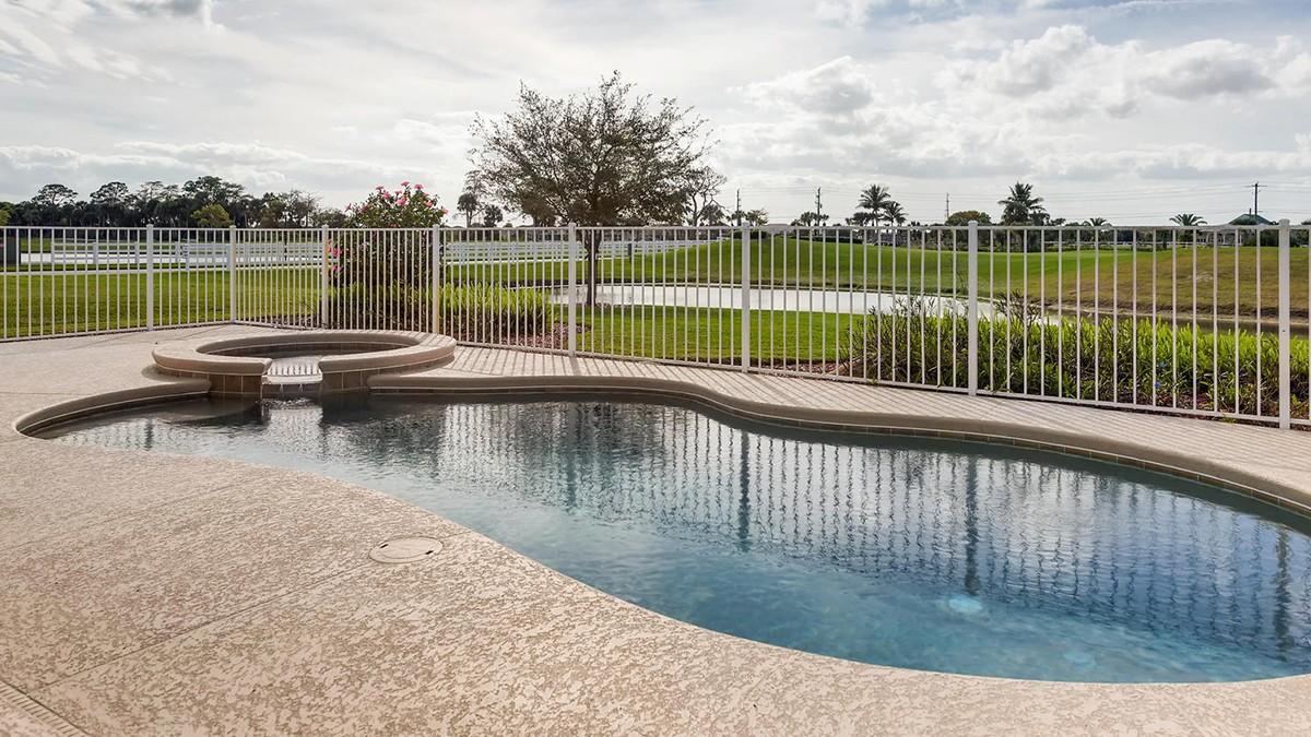 Charleston-large-011-10-Exterior Pool-1499x1000-72dpi.jpeg