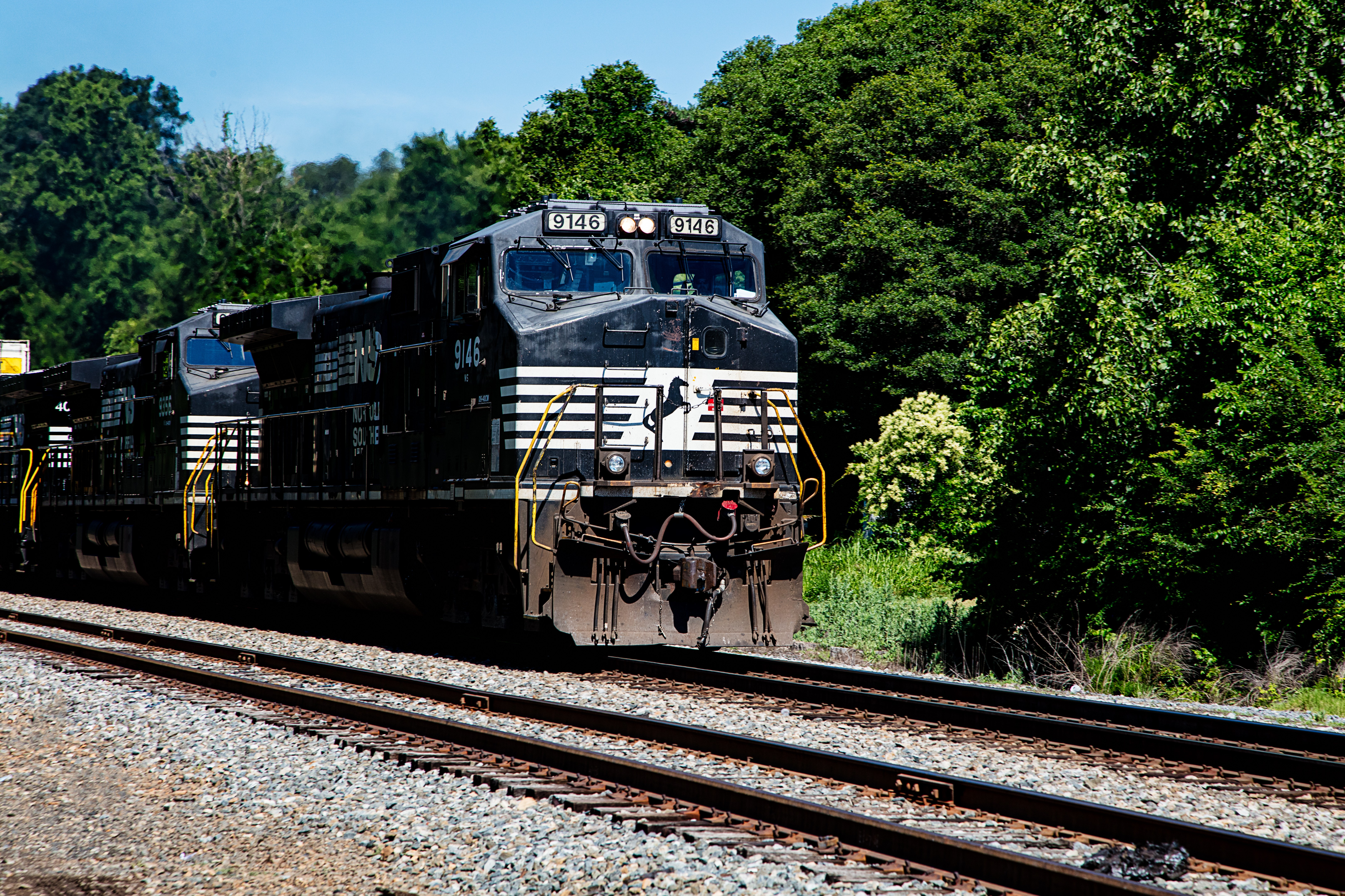 Belmont Train.jpg