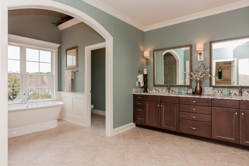 Lot117HMPRiverwalkmasterbathroom800x53320170824105603