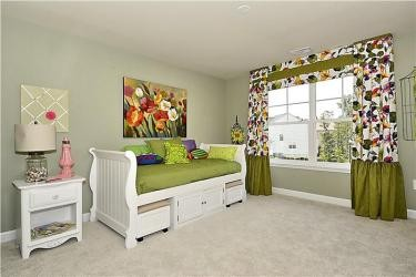 Web_Upper-Level-Bedroom_7.JPG