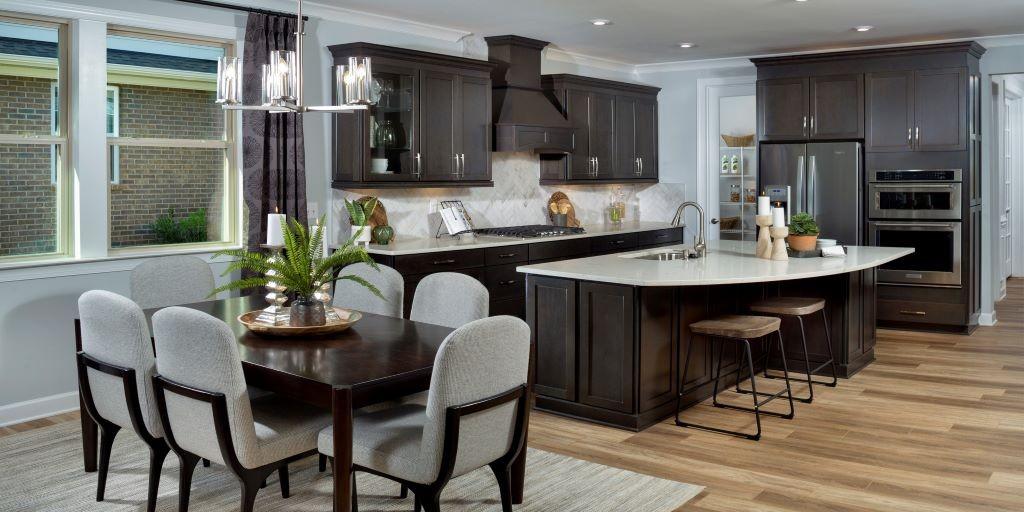 cmh_presley_model_kitchen_RHP_1024x512.jpg