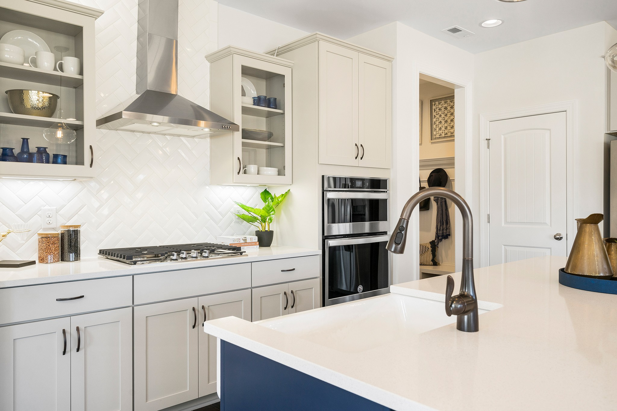 Royal Oaks a Division of Mattamy Homes, Holland Station, Fuquay-Varina, White Kitchen, Kitchen wi...