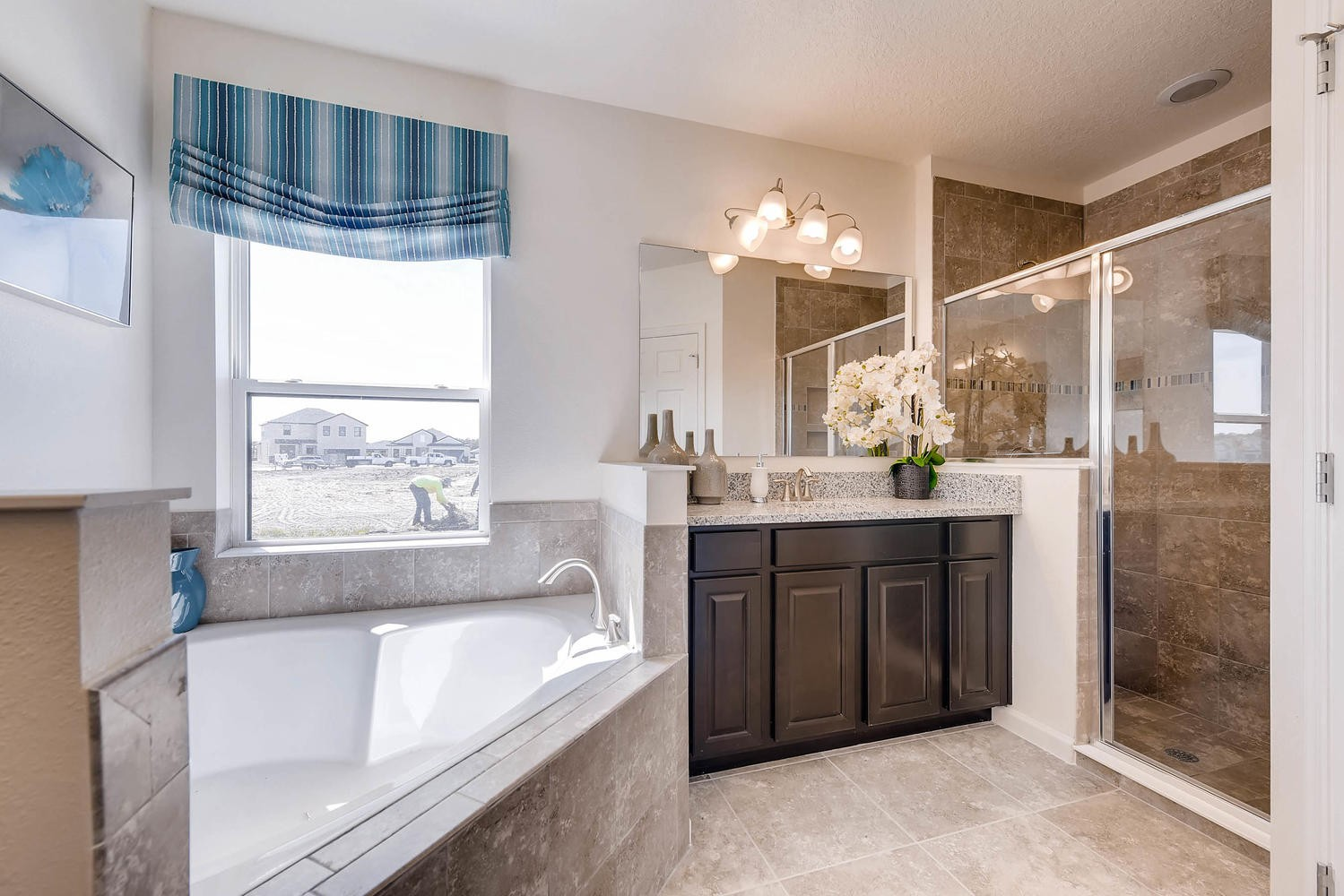 Glenhurst-large-011-8-Master Bathroom-1500x1000-72dpi.jpeg