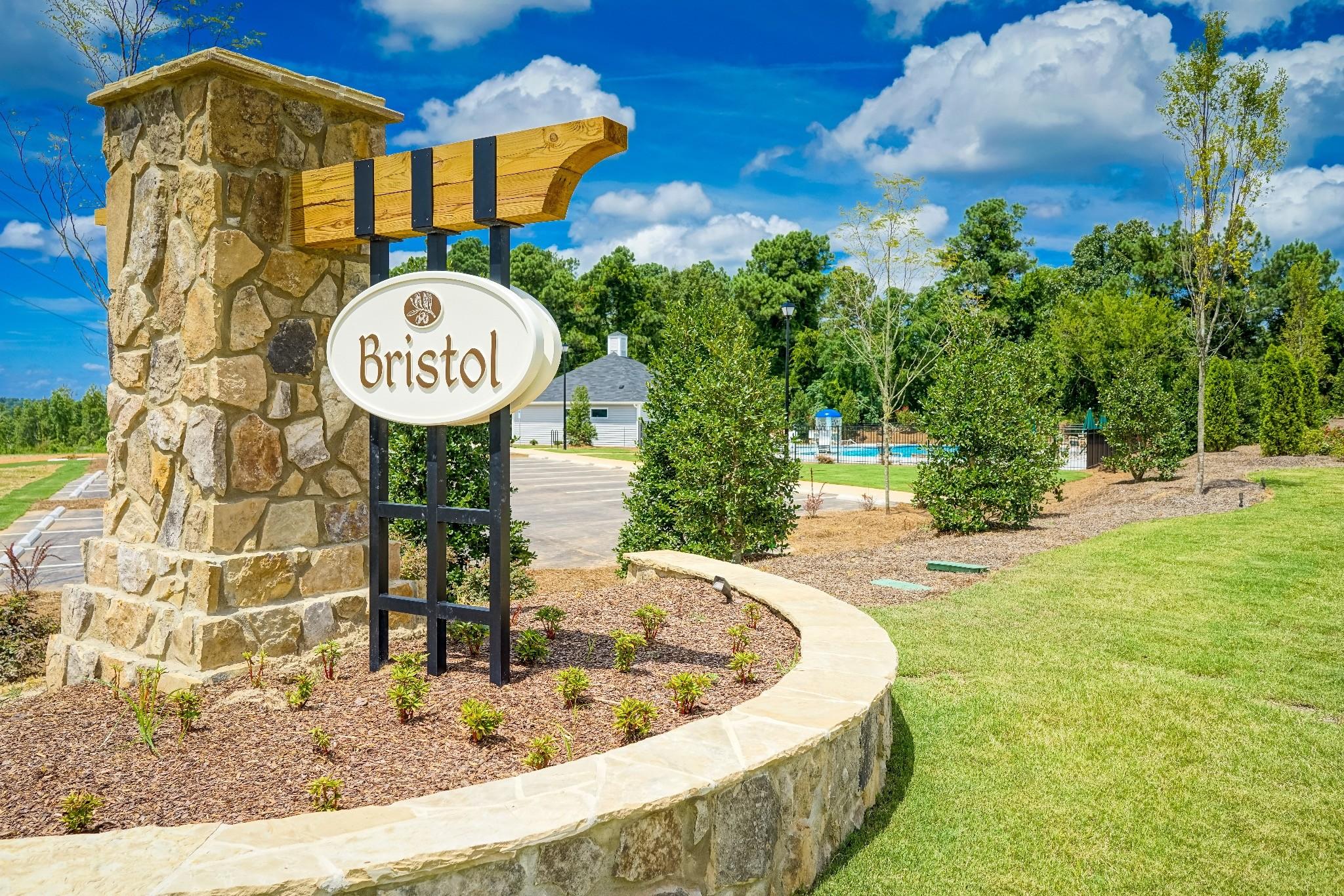 Bristol Community Entrance Sign in Clayton NC