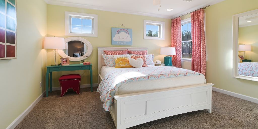 clt_lake_crest_kendrick_model_girls_room_1024x512.jpg