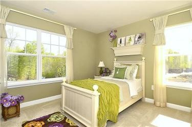 Web_Upper-Level-Bedroom_3.JPG