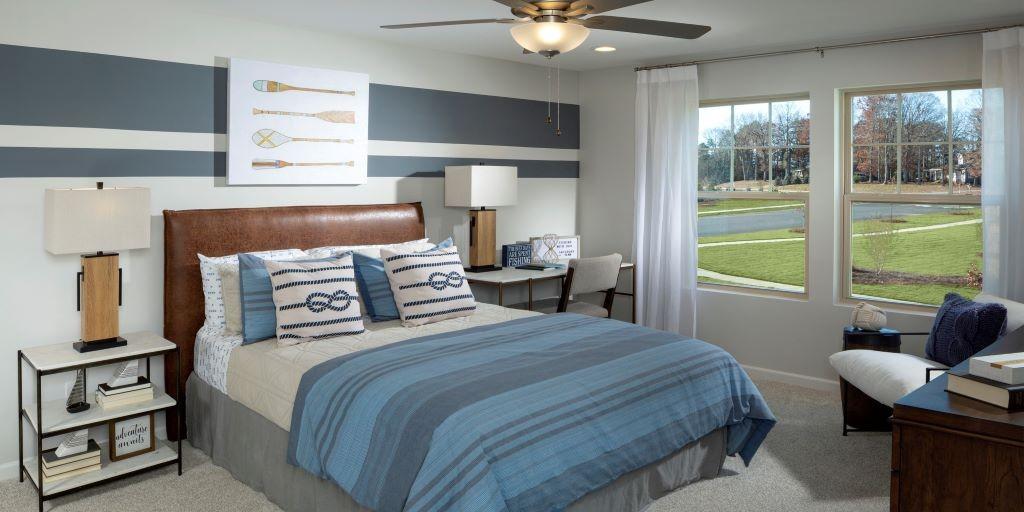 Braeburn_Parker_Model_Secondary_Bedroom_RHP_1024x512.jpg