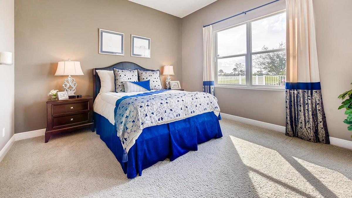 Charleston-large-007-11-Master Bedroom-1499x1000-72dpi.jpeg