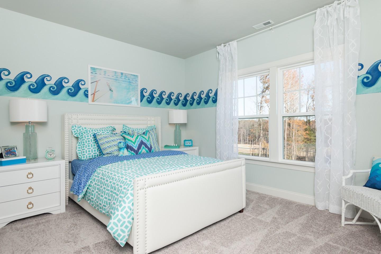 022_Bedroom-320170216182840