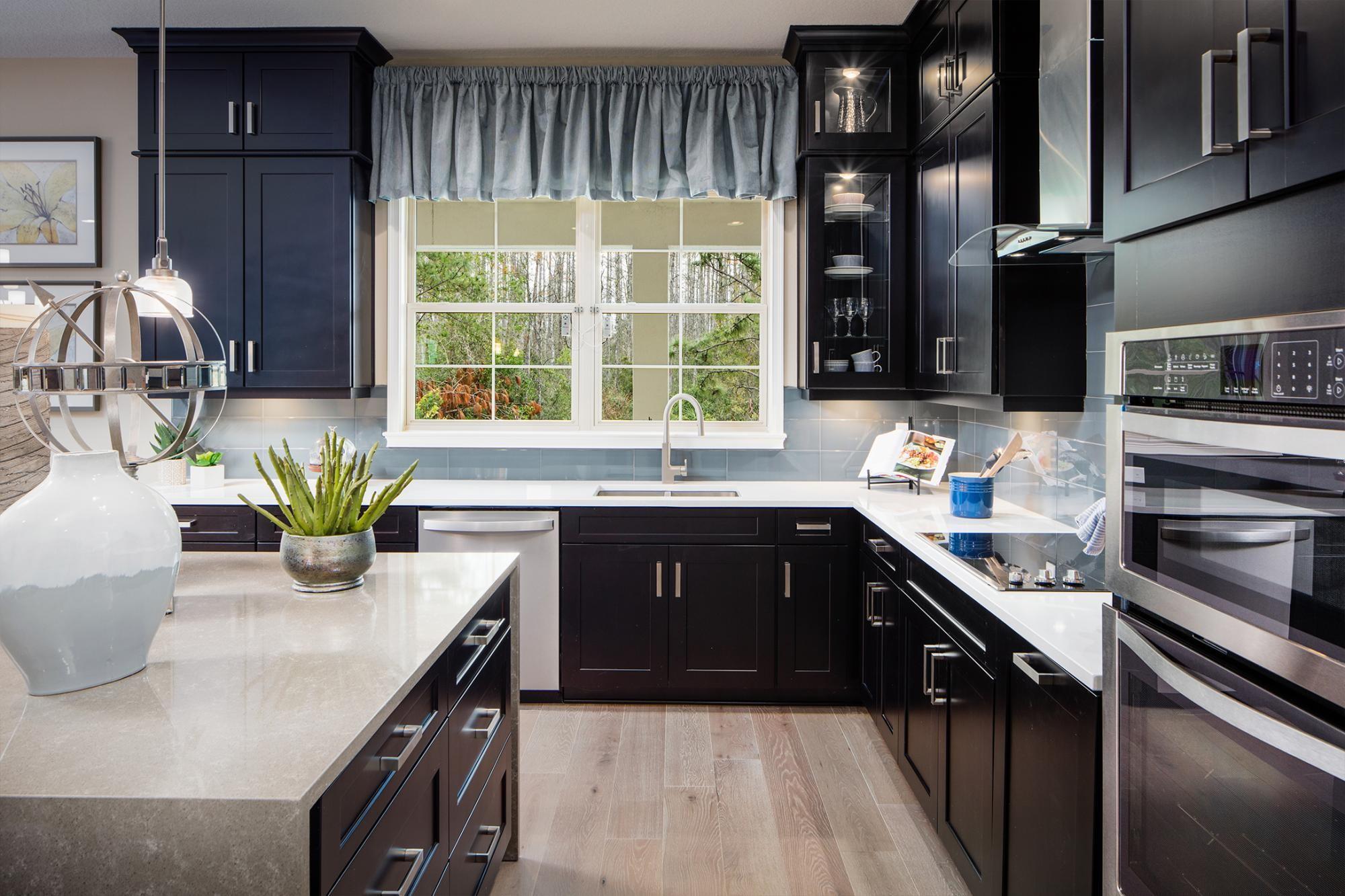 762196178082376_pinehurst-kitchen.jpg