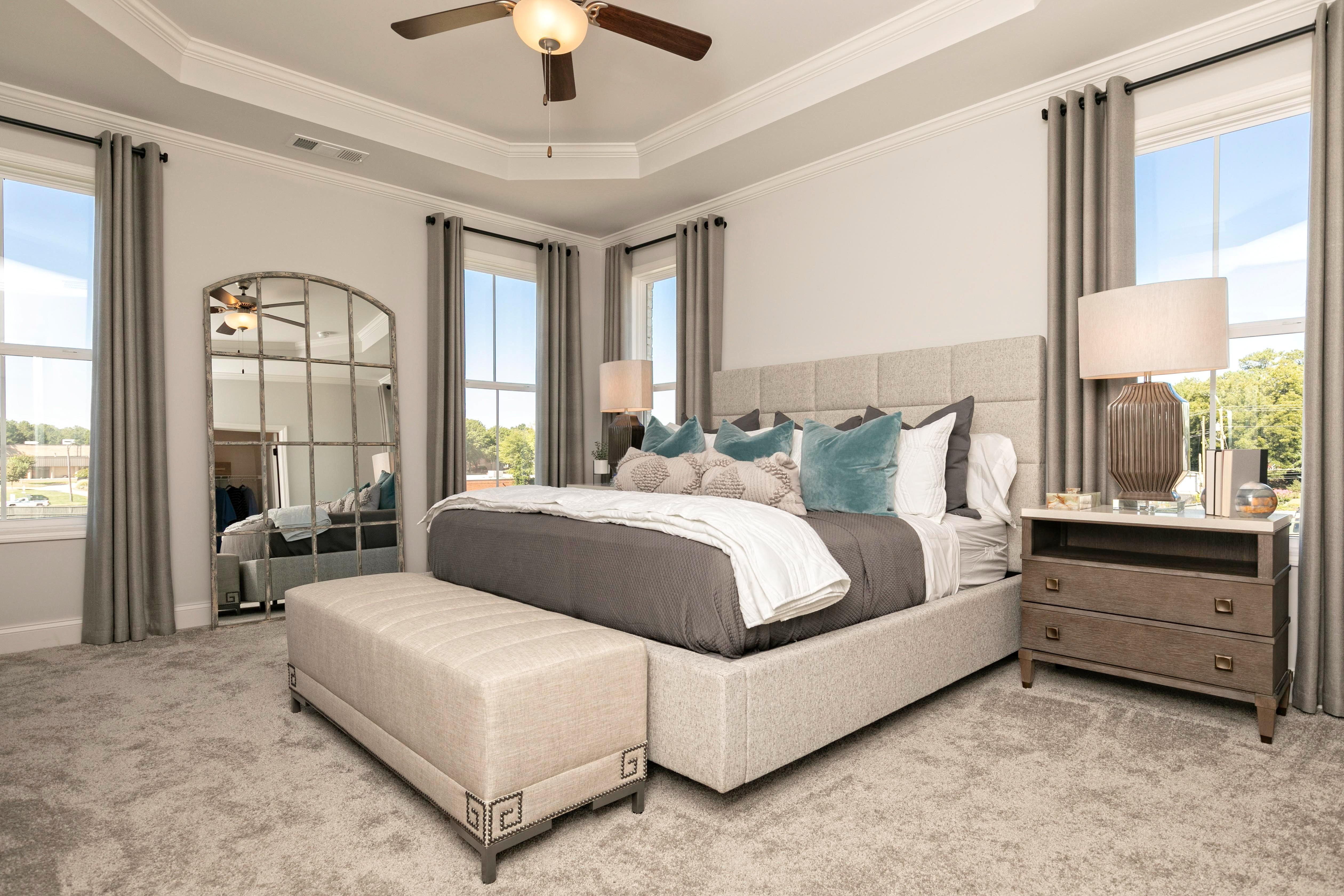 Owners Bedroom-1.jpg