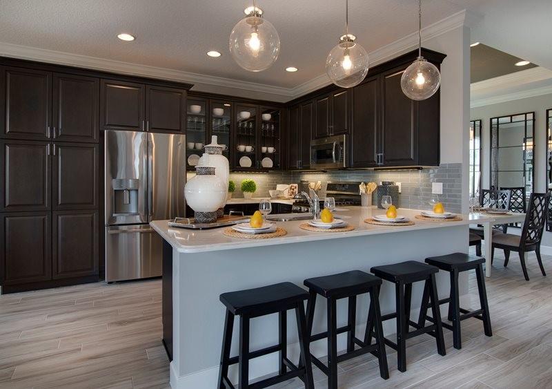 lrg_ivy2125_kitchen.jpg