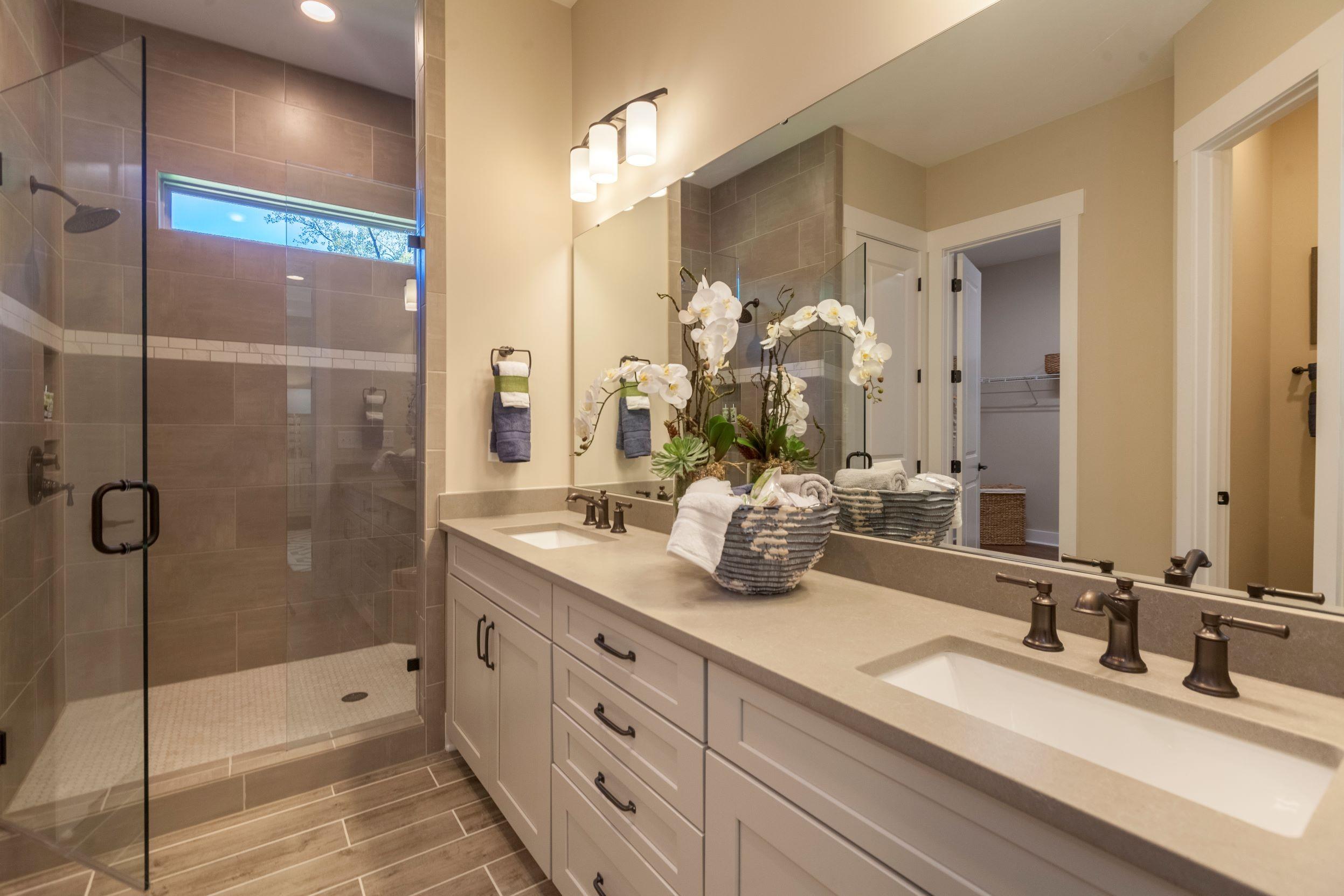 Casalino Whitmore Owners Bath