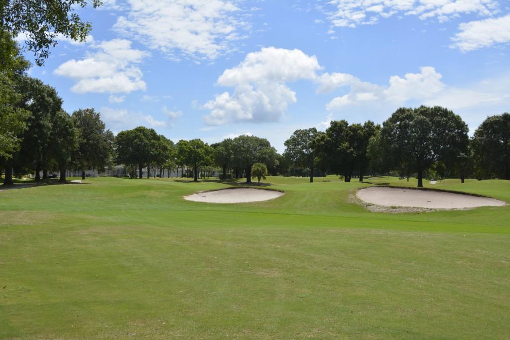 10VDE_golf_course_view_220170627121153