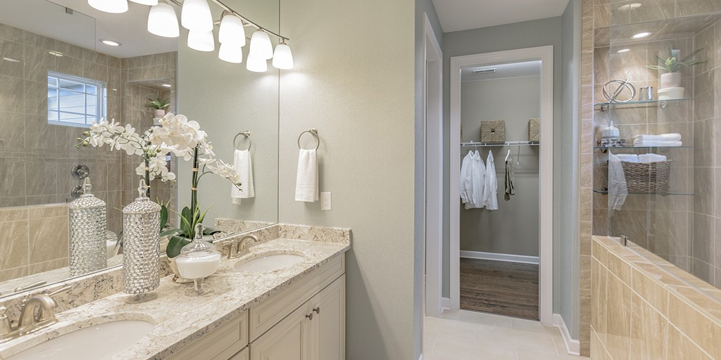 ModelHome_LakeCrest_Chadwick_Bathroom_1024x512.jpg