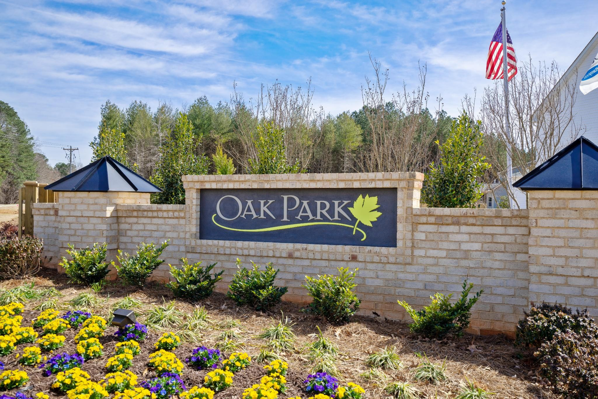 Royal Oaks a Division of Mattamy Homes, Oak Park, Entrance Monument
