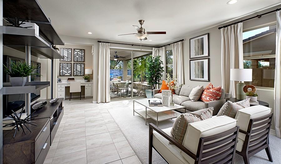 SeasonsAtCanyonTrails-PHX-Sunstone Family Room