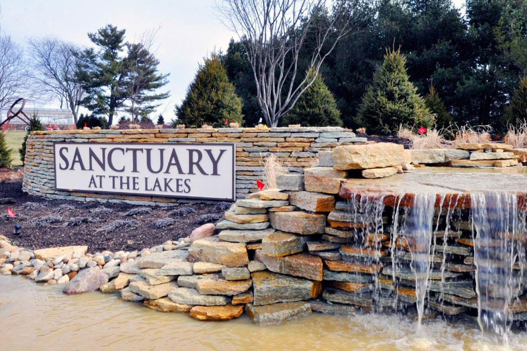 Sanctuary at The Lakes Regency Entrance