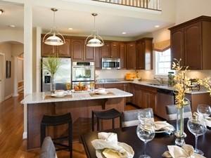 VllgEastridge Kitchen-7098.jpg
