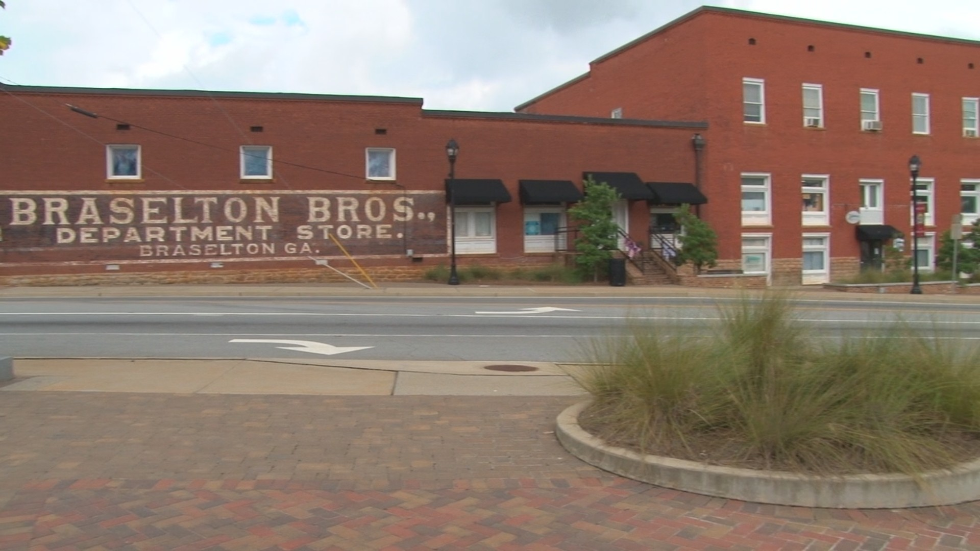Braselton_TraditionsOfBr00120171103165827