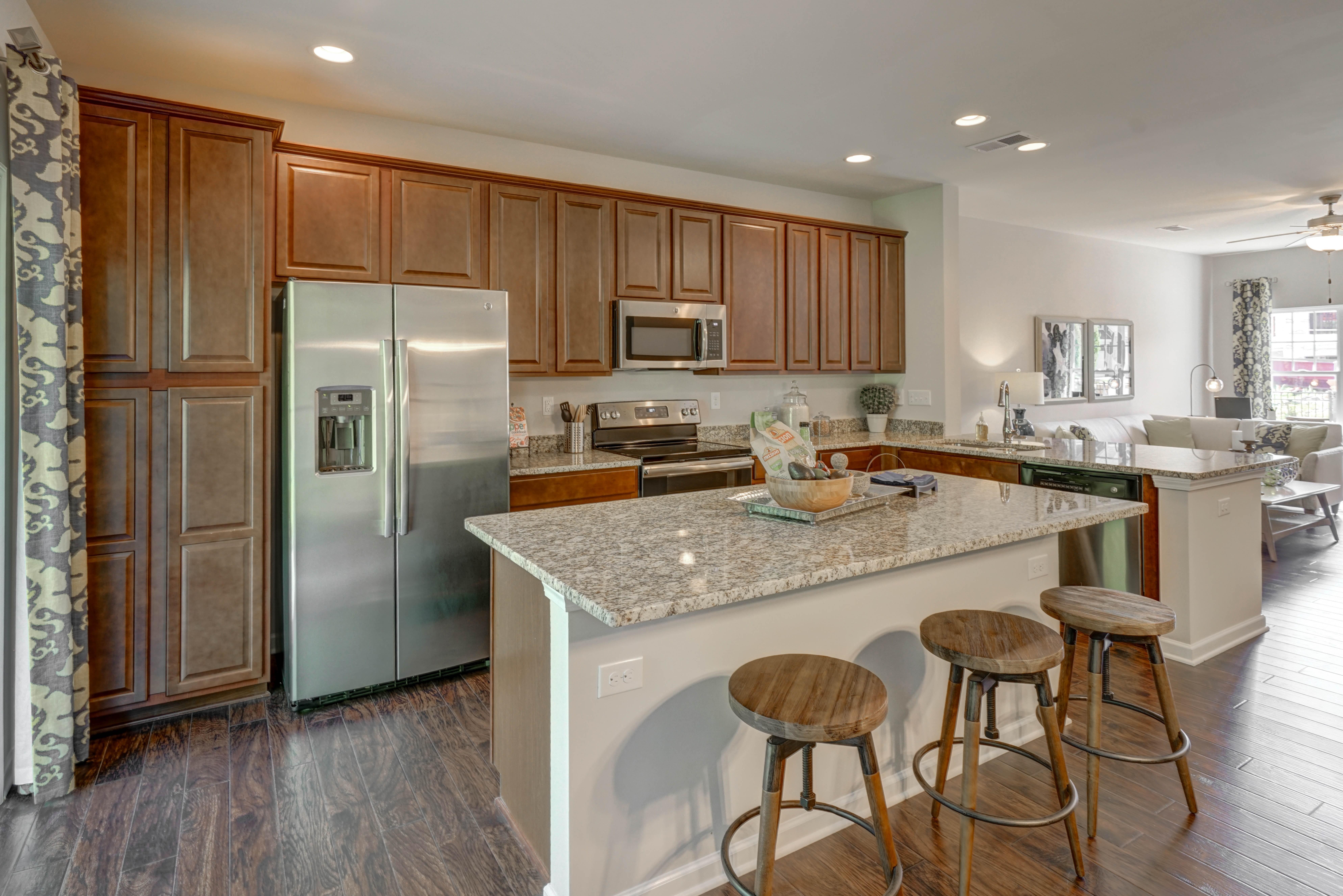 kitchen3 (1) MAg.jpg