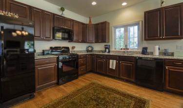 Hawthorne II kitchen.jpg