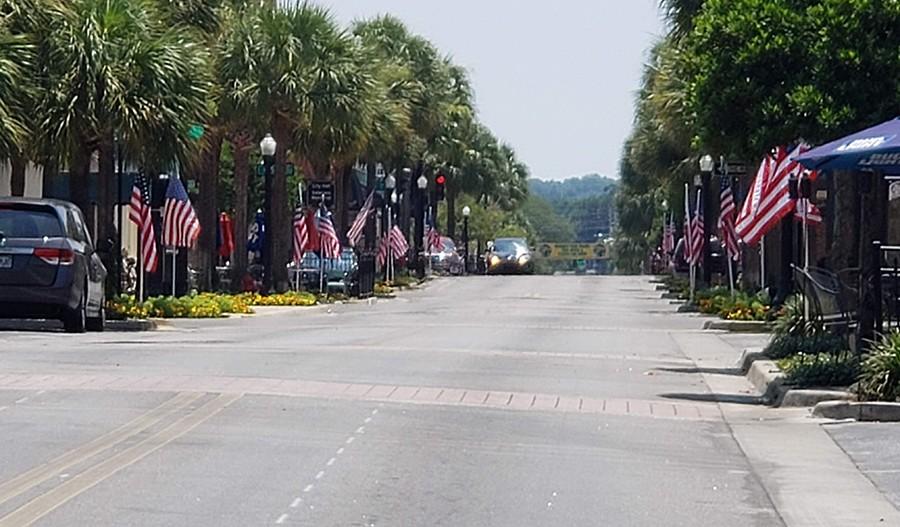 SeasonsAtHillside-ORL-Main Street
