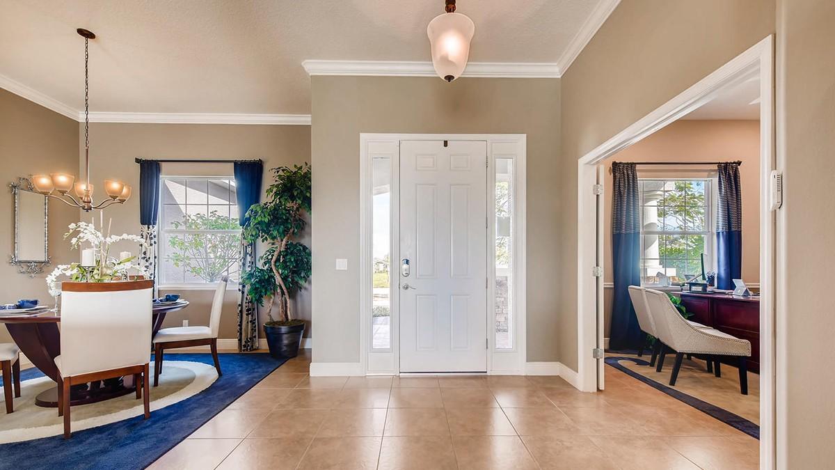 Charleston-large-002-3-Foyer-1499x1000-72dpi.jpeg