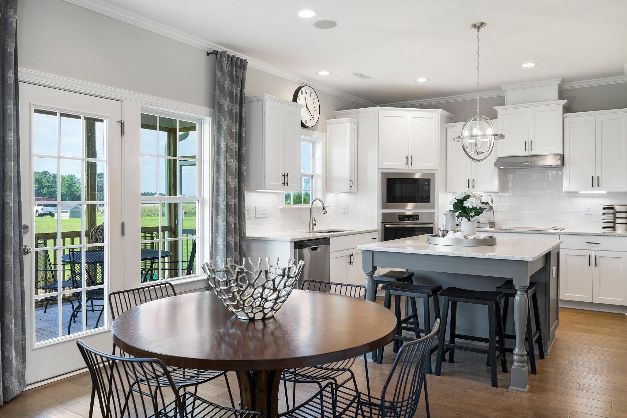Royal Oaks a Division of Mattamy Homes, Southern Acres, The Juniper, Open Kitchen