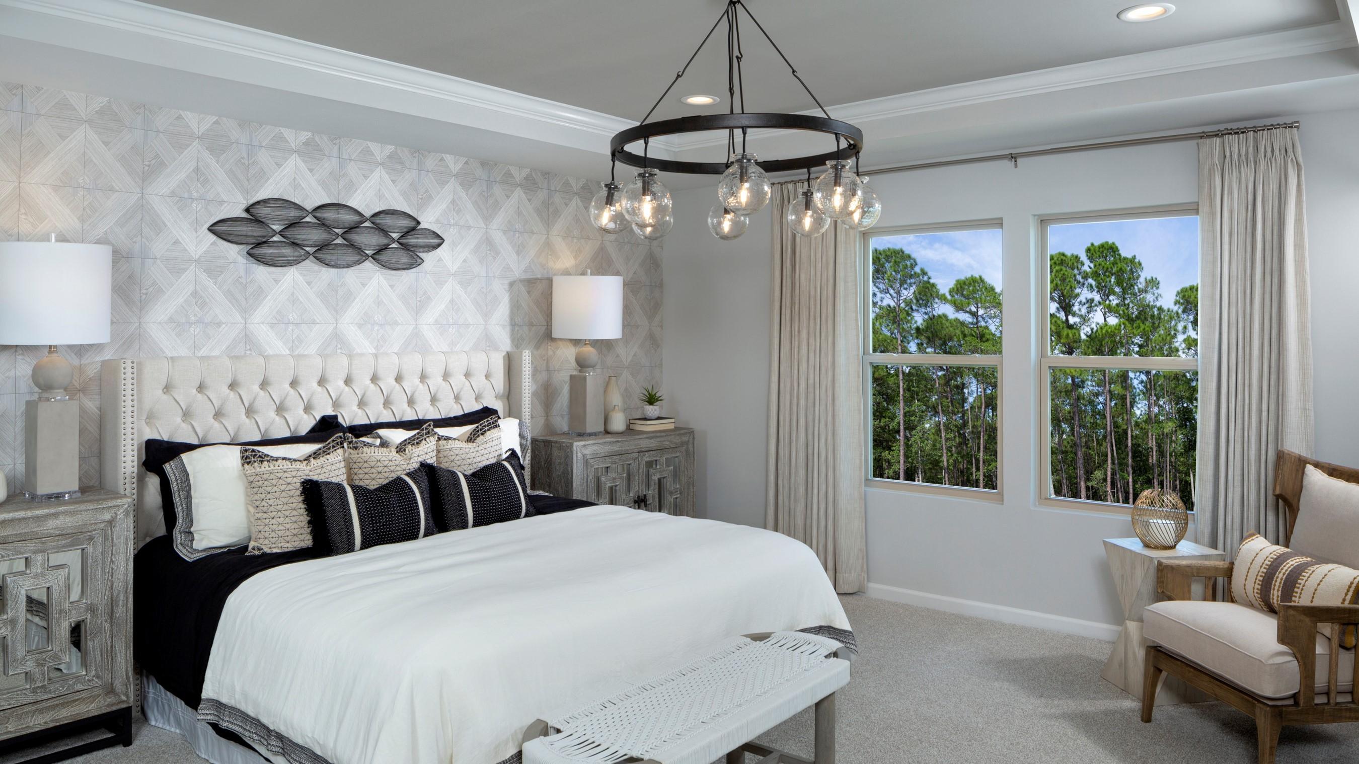 Braeburn_Parker_Model_Owners_Bedroom2_RHP_1024x512.jpg