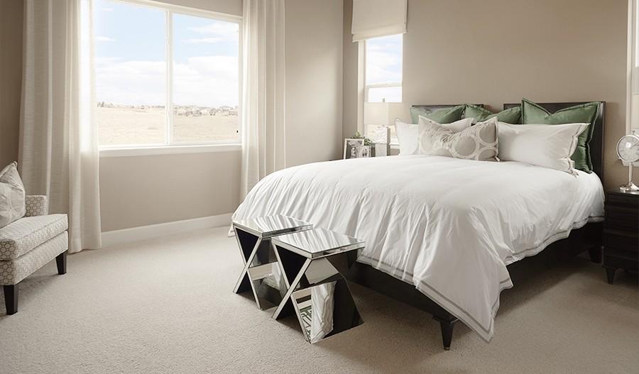 Decker-DEN-Master bedroom (Cobblestone)